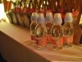 ARIANNA E STEFANO max&kitchen catering matrimonio in serra lorenzini bottiglie d'acqua personalizzate