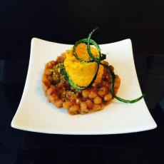 Lenticchie con crema alla carota- menu vegano- max&kitchen catering Milano