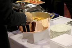 intel Max&kitchen Catering milano cena di gala buffet primi piatti pentola di rame