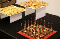 max&kitchen caffè biologico coffee break croissant bio frutta naturale biscotti torta al cioccolato