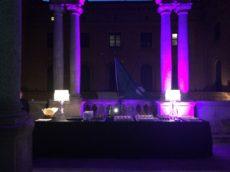 finger food presso Museo Bagatti Valsecchi allestimento luminoso