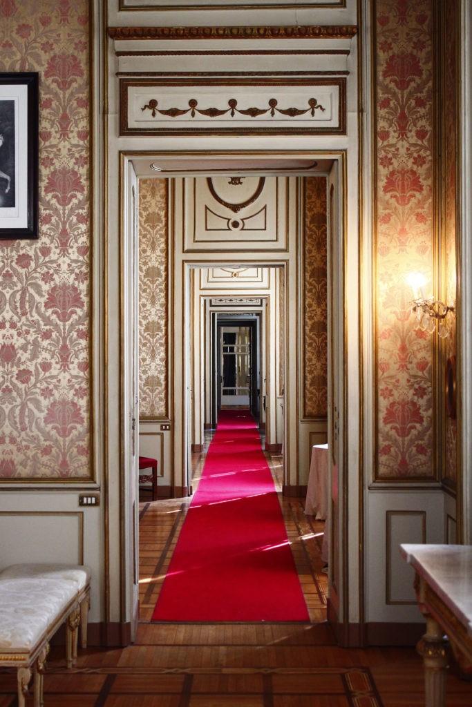 corridoio palazzo cusani brera- piano nobile